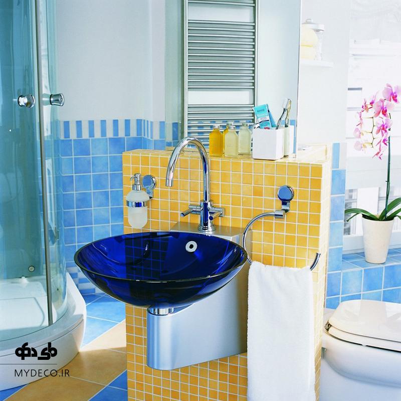 رنگ آبی در حمام